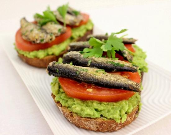 sandwich sardines 2